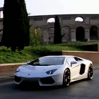 Stunning video of the Lamborghini Aventador in the streets of Rome