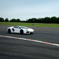 Top Gear reviews the Lamborghini Aventador