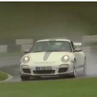 Fifth Gear: Tiff Needell reviews the Porsche 911 GT3 RS 4.0