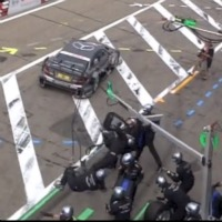 dtm-pit-lane-accident