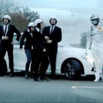 <!--:en-->Video : BMW Makes The Fastest Christmas Song in the World<!--:--><!--:fr-->Vidéo : BMW fait la chanson de Noël la plus rapide au monde!<!--:-->