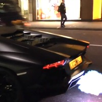 straight-piped-lamborghini-aventador