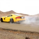Burnout Contest: Chevrolet Corvette ZR1 vs 2013 SRT Viper
