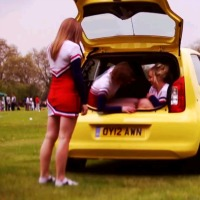 skoda-citigo-cheerleaders