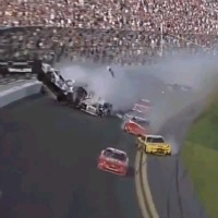 2013-Daytona-500-nationwide-Monster-Crash