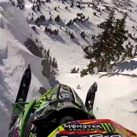 insane-snowmobile-jump