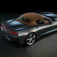 2014-Chevrolet-Corvette-Stingray-Convertible-main