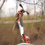 Vido  la premire personne : Un terrifiant accident de motocross
