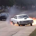 <!--:en-->Chevelle transmission explodes while racing<!--:--><!--:fr-->La transmission d'une Chevelle explose pendant une course<!--:-->