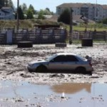 <!--:en-->The mud pit is no match for this Subaru Impreza!<!--:--><!--:fr-->Ce bassin à boue ne fait pas le poids face à la Subaru Impreza!<!--:-->