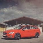 <!--:en-->Volvo V60… what's with all the cats?<!--:--><!--:fr-->Une Volvo V60… mais pourquoi les chats partout?<!--:-->