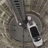 Worlds-biggest-car-delivery