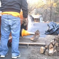 Different-way-to-chop-wood
