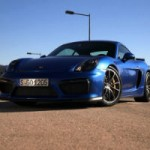 <!--:en-->Chris Harris tries out the Porsche Cayman GT4<!--:--><!--:fr-->Chris Harris fait l'essai de la Porsche Cayman GT4<!--:-->