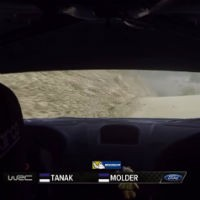 Rally-car-crash-in-water-inside-view
