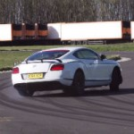 Chris Harris s'amuse avec la Bentley GT3 R