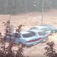 Flood-washes-away-cars