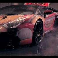 Lamborghini-aventador-colour-changing