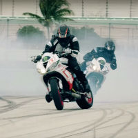 Short-movie-motorcycle-cars-drift